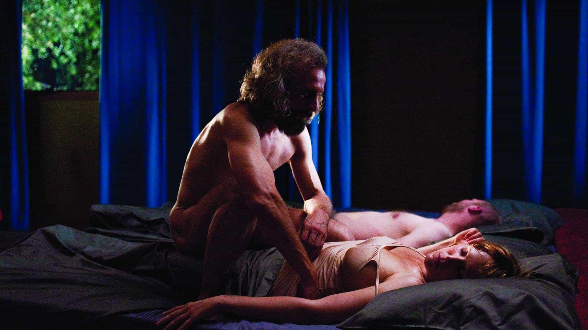 horoshie-ostrosyuzhetnie-lyubovnie-eroticheskie-rossiyskie-filmi